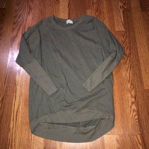 Green t. la Sweater Size Small